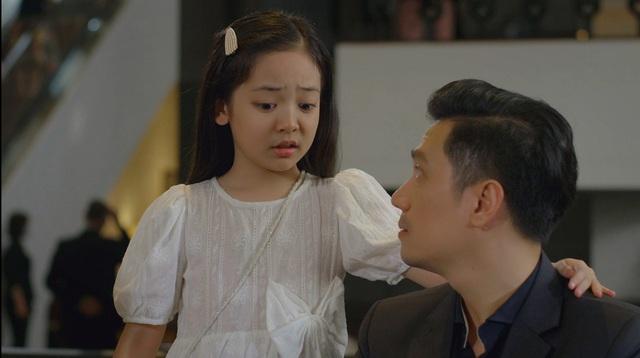 Hướng dương ngược nắng - Tập 66: Bí mật của Hoàng và mẹ Cami không còn quan trọng với Minh nữa? - Ảnh 2.