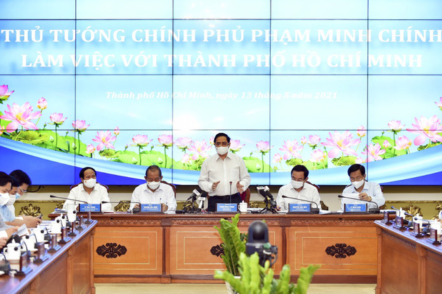 Thủ tướng Phạm Minh Chính làm việc với TP Hồ Chí Minh để giải quyết những vấn đề cấp bách - Ảnh 1.