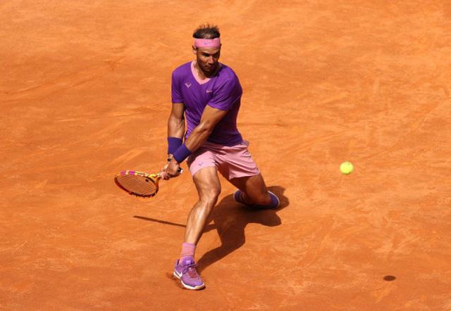 Ngược dòng vất vả trước Shapovalov, Nadal tiến vào tứ kết Italia mở rộng 2021 - Ảnh 2.