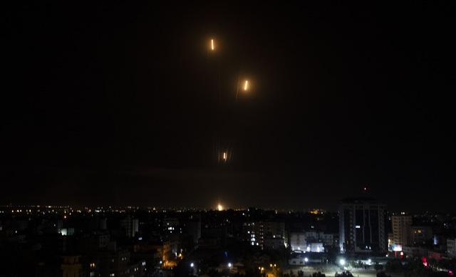 Hơn 100 người Palestine thiệt mạng vì xung đột ở Dải Gaza - Ảnh 1.