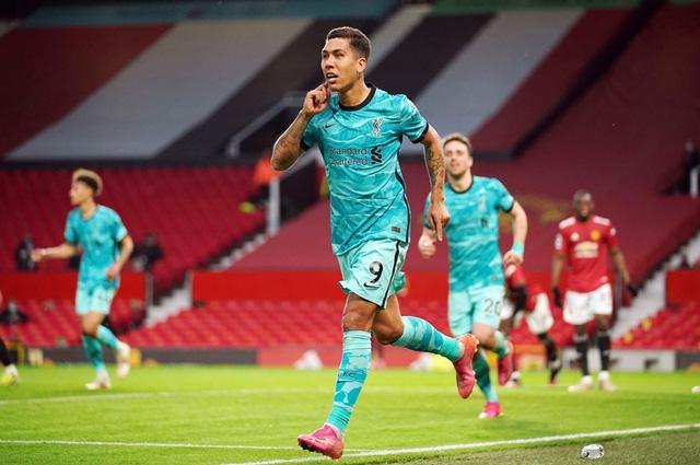 Man Utd 2-4 Liverpool: Mãn nhãn derby nước Anh - Ảnh 2.