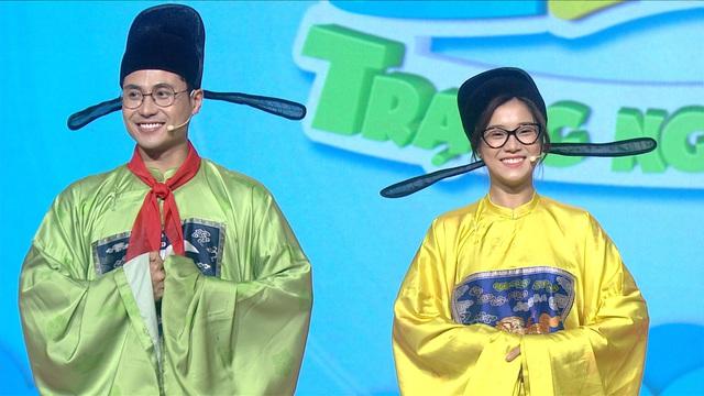 Hoàng Yến Chibi mắt tròn mắt dẹt với Trạng Nguyên nhí ở trường Võ Thị Sáu - Ảnh 1.