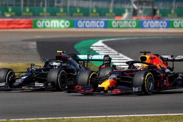 Max Verstappen hiến kế cho Red Bull nhằm hi vọng vượt qua Mercedes - Ảnh 1.