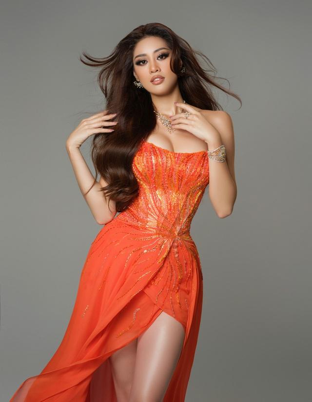 Bán kết Miss Universe: Khánh Vân trình diễn thần thái trong trang phục dạ hội - Ảnh 6.