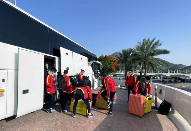ĐT Futsal Việt Nam có mặt tại UAE, sẵn sàng tranh vé dự VCK FIFA Futsal World Cup - Ảnh 1.