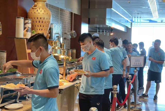 ĐT Futsal Việt Nam có mặt tại UAE, sẵn sàng tranh vé dự VCK FIFA Futsal World Cup - Ảnh 6.