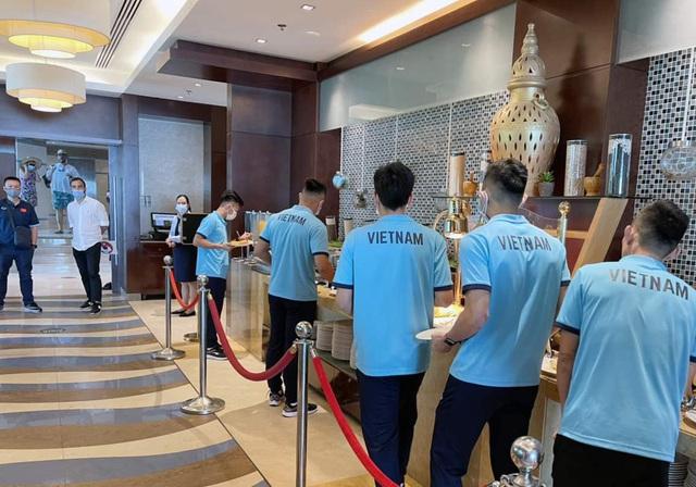 ĐT Futsal Việt Nam có mặt tại UAE, sẵn sàng tranh vé dự VCK FIFA Futsal World Cup - Ảnh 5.