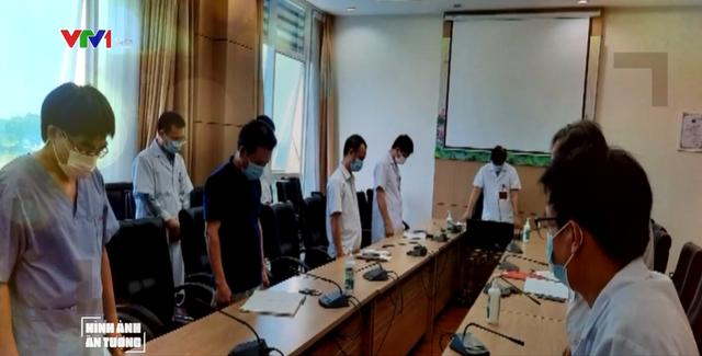Những nốt lặng trong cuộc chiến chống COVID-19 ở Bệnh viện Bệnh Nhiệt đới Trung ương - Ảnh 2.
