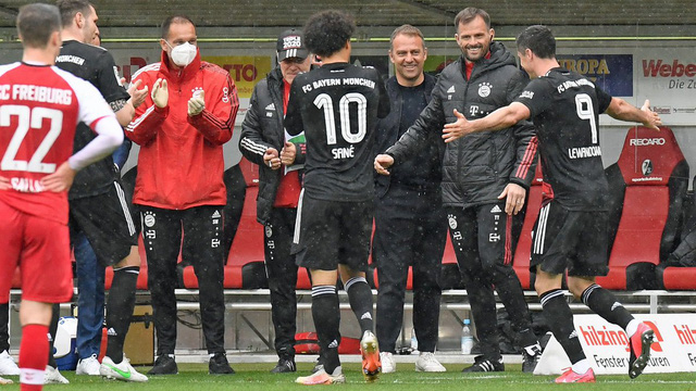 Lewandowski cân bằng kỷ lục tồn tại 49 năm ở Bundesliga - Ảnh 1.
