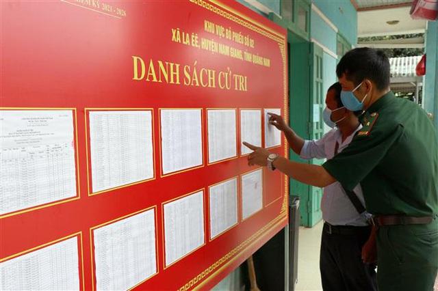 Bầu cử sớm ở vùng biên giới - Ảnh 3.