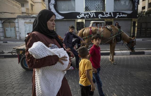 Hội đồng Bảo an Liên Hợp Quốc tiếp tục họp khẩn về xung đột Israel - Palestine - Ảnh 2.
