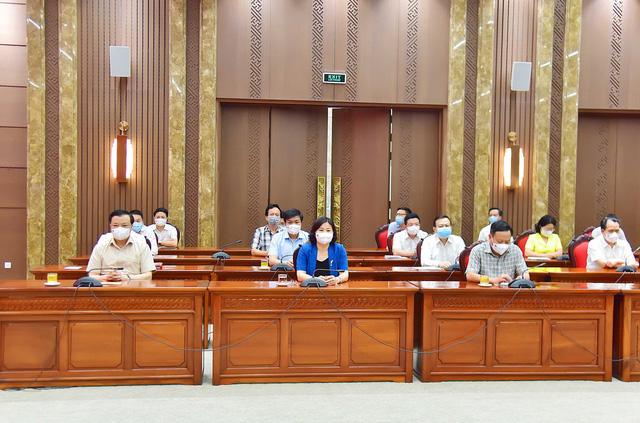 Hà Nội kiến nghị Thủ tướng cho phép tăng thêm 70% mức bồi dưỡng lực lượng phòng, chống dịch COVID-19 - Ảnh 1.