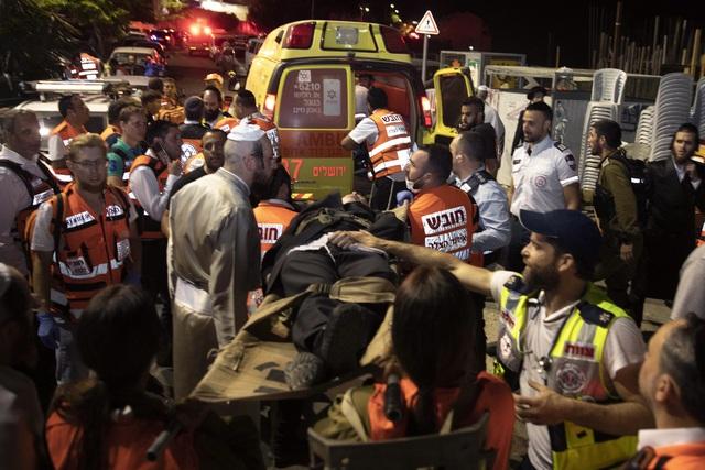 Sập khán đài tại giáo đường Israel khiến 2 người thiệt mạng, hàng trăm người bị thương - Ảnh 2.