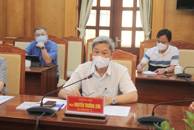 Bộ Y tế sẵn sàng tập trung nguồn lực hỗ trợ Bắc Giang chống dịch COVID-19 - Ảnh 1.
