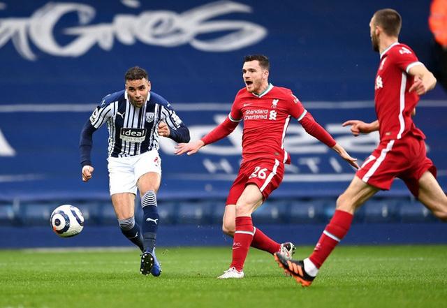 Alisson Becker ghi bàn, Liverpool tiến sát tấm vé dự Champions League - Ảnh 1.