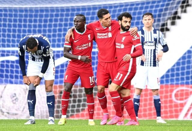 Alisson Becker ghi bàn, Liverpool tiến sát tấm vé dự Champions League - Ảnh 2.