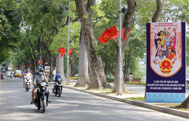 Bầu cử QH và HĐND: Hà Nội hân hoan đón ngày hội lớn - Ảnh 1.