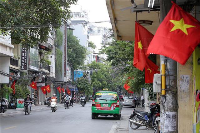 Bầu cử QH và HĐND: Hà Nội hân hoan đón ngày hội lớn - Ảnh 10.