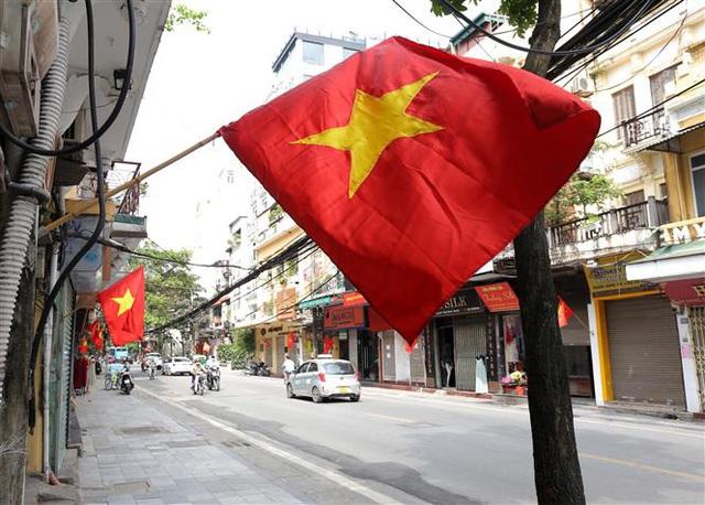 Bầu cử QH và HĐND: Hà Nội hân hoan đón ngày hội lớn - Ảnh 9.
