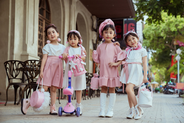 Bộ ảnh thời trang của 4 'quý cô nhí' sành điệu gây sốt - Ảnh 4.