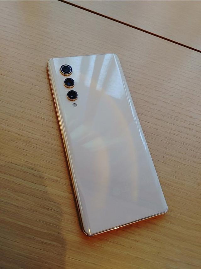 LG Velvet 2 Pro và LG Rollable chỉ được bán nội bộ? - Ảnh 2.