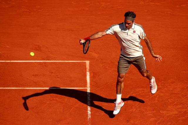 Roger Federer trở lại sau 2 tháng nghỉ thi đấu - Ảnh 1.