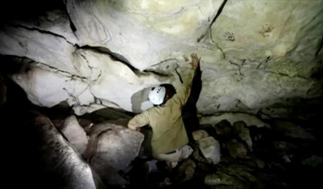 Phát hiện các dấu tay hơn 1.200 năm tuổi trong hang động tại Mexico - ảnh 2