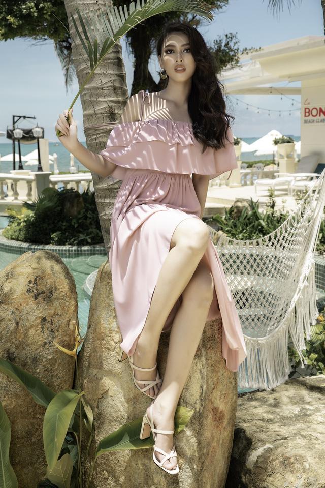 Á hậu Ngọc Thảo hóa nàng thơ trên bãi biển - ảnh 4