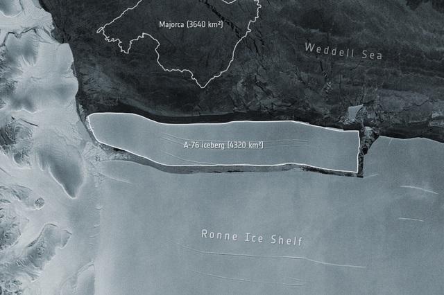 Tảng băng trôi lớn nhất thế giới tách khỏi Nam Cực - Ảnh 1.