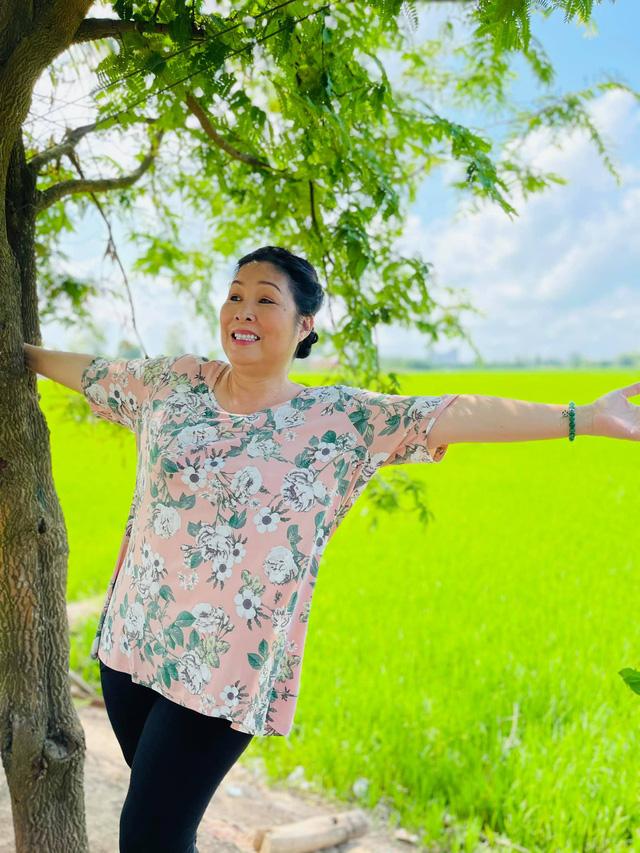 Dàn sao Việt dậy sớm đi bầu cử - Ảnh 5.