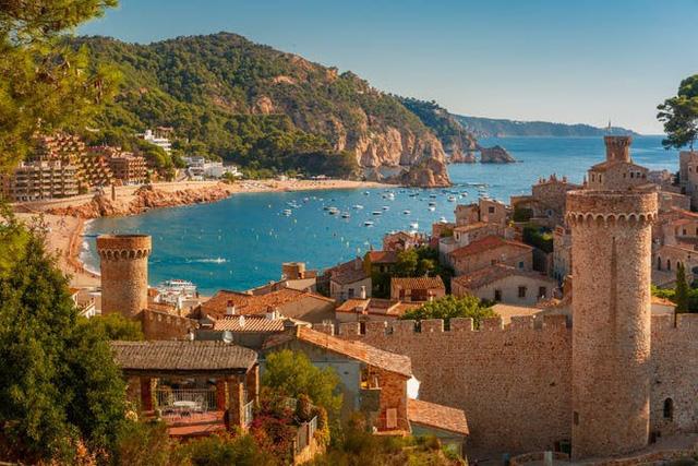 Tây Ban Nha chuẩn bị đón du khách toàn cầu vào tháng 6 - ảnh 1