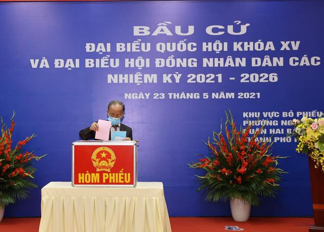 Tổng Bí thư Nguyễn Phú Trọng bỏ phiếu bầu cử đại biểu Quốc hội khoá XV và HĐND các cấp - Ảnh 2.