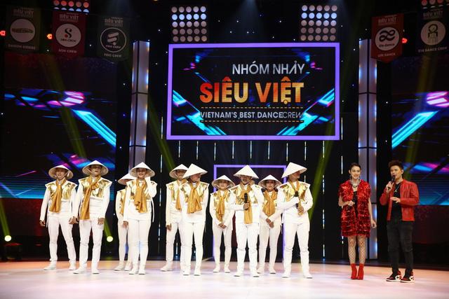 Nhóm nhảy siêu Việt mở mản ấn tượng - Ảnh 2.
