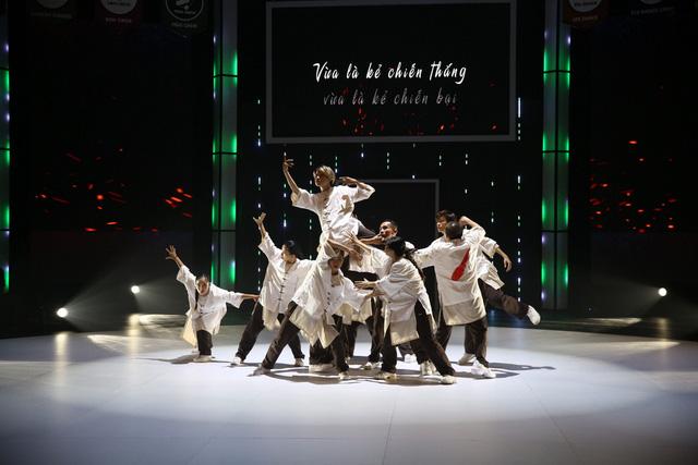 Nhóm nhảy siêu Việt mở mản ấn tượng - Ảnh 8.