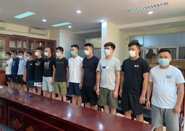 Hà Nội: Khởi tố nữ sinh thuê nhà cho 17 người Trung Quốc nhập cảnh trái phép - Ảnh 2.