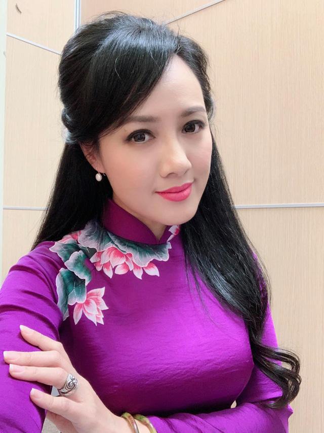 Dàn MC, BTV mê tóc dài: Thụy Vân biến hóa, Hoài Anh cuốn hút, Thu Hương lại than dày - Ảnh 23.