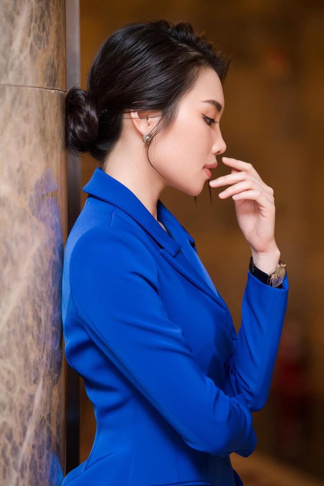 Dàn MC, BTV mê tóc dài: Thụy Vân biến hóa, Hoài Anh cuốn hút, Thu Hương lại than dày - Ảnh 32.