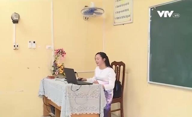 Nhà trường có thể kiểm tra học kỳ bằng hình thức trực tuyến - Ảnh 1.