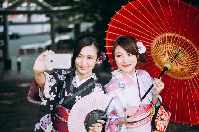 Bạn biết gì về thời trang Nhật Bản? Những điều này có thể khiến bạn bất ngờ - Ảnh 1.