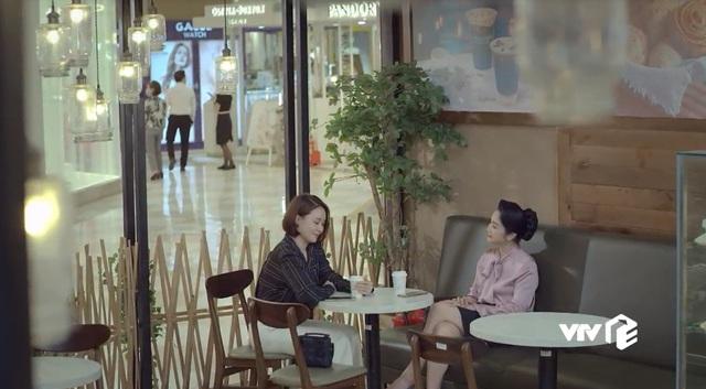 Hướng dương ngược nắng - Tập 63: Mẹ con Cami sắp ra nước ngoài, Hoàng cố  tình tránh mặt Minh   VTV.VN