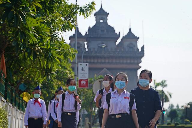 Lào lại ghi nhận hơn 100 ca mắc mới, trong đó có người Việt - Ảnh 1.