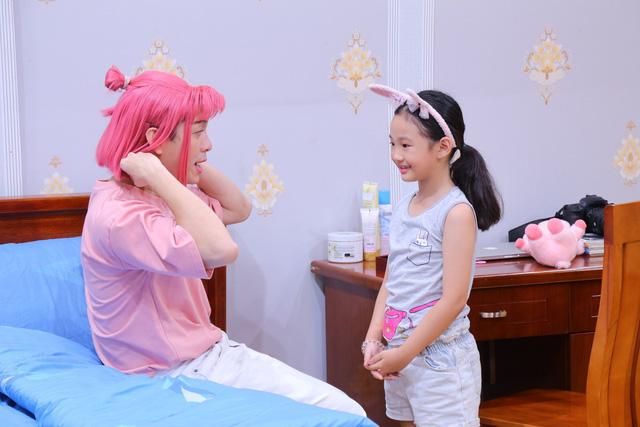 """Cô bé đáng yêu Bảo Thi trong """"Lật mặt 48h"""" bỗng trở thành con gái của Lâm Thắng trong sitcom mới - Ảnh 2."""