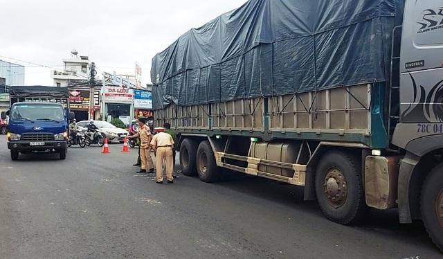 Xe tải va chạm với xe máy, một học sinh lớp 12 tử vong - Ảnh 2.