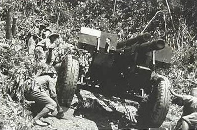 Kỷ niệm 67 năm chiến thắng Điện Biên Phủ lừng lẫy năm châu, chấn động địa cầu - Ảnh 2.