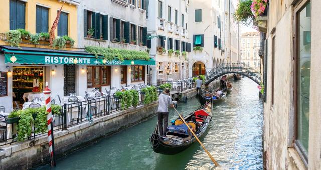 Italy công bố kế hoạch đón khách du lịch vào tháng 5 - ảnh 1