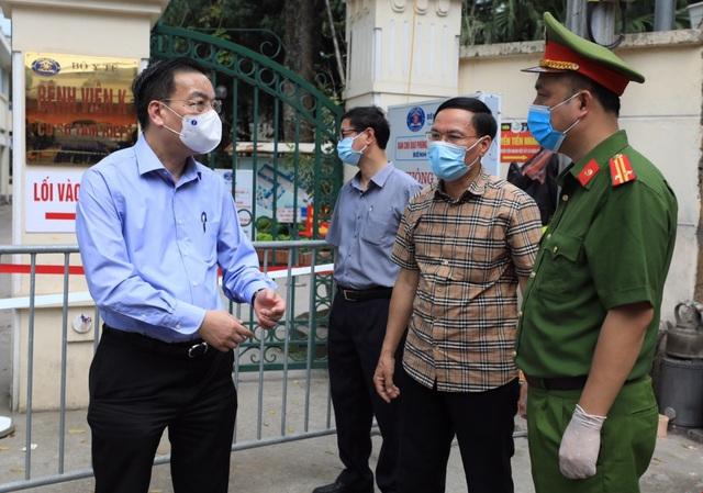 Chủ tịch UBND TP Hà Nội: Ổ dịch ở BV K phức tạp hơn BV Bệnh Nhiệt đới Trung ương - Ảnh 1.