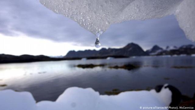 Các sông băng trên thế giới thất thoát trung bình 267 tỷ tấn băng mỗi năm - Ảnh 1.