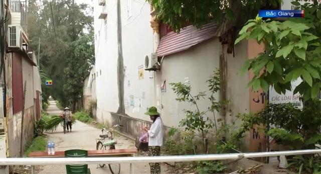 Các địa phương tiếp tục truy vết, cách ly y tế các trường hợp liên quan ổ dịch tại Bệnh viện K - Ảnh 3.