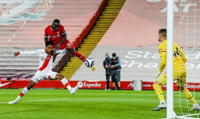 Vượt qua Southampton, Liverpool trở lại cuộc đua Top 4 - Ảnh 1.