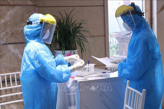 Phong tỏa, cách ly y tế 11 bệnh viện, cơ sở khám chữa bệnh trên cả nước vì COVID-19 - Ảnh 7.